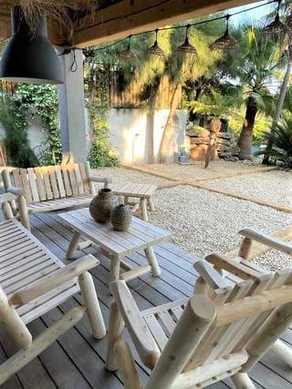 B90A table salon jardin bois