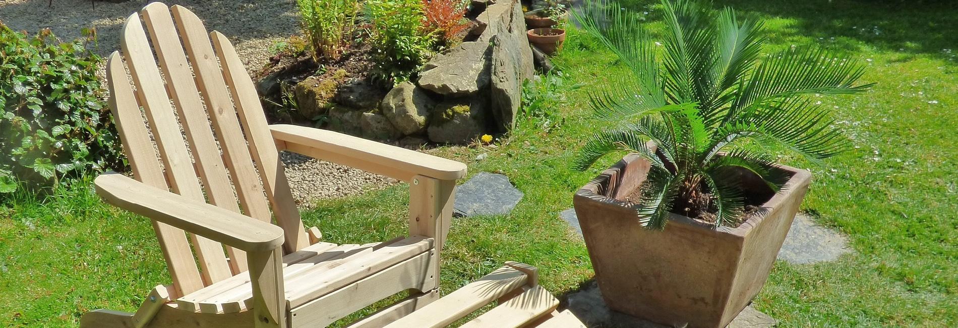 livraison gratuite mobilier de jardin en bois c dre et rondins. Black Bedroom Furniture Sets. Home Design Ideas