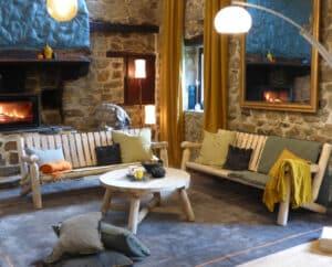 S6 mobilier salon canapes et table basse ronde