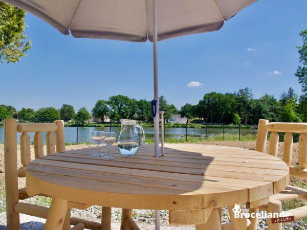 table de jardin parasol B13A